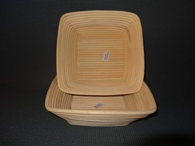 Корзинка для расстойки теста из лозы ротанга квадратная 25х25х8.5 см - фото 5592